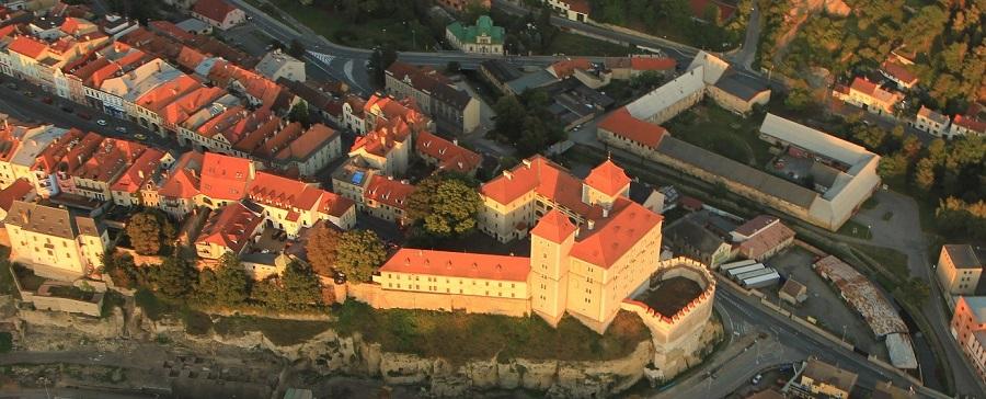 mb_hrad