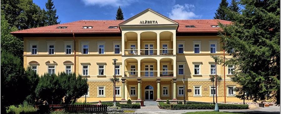 alzbeta_exterier
