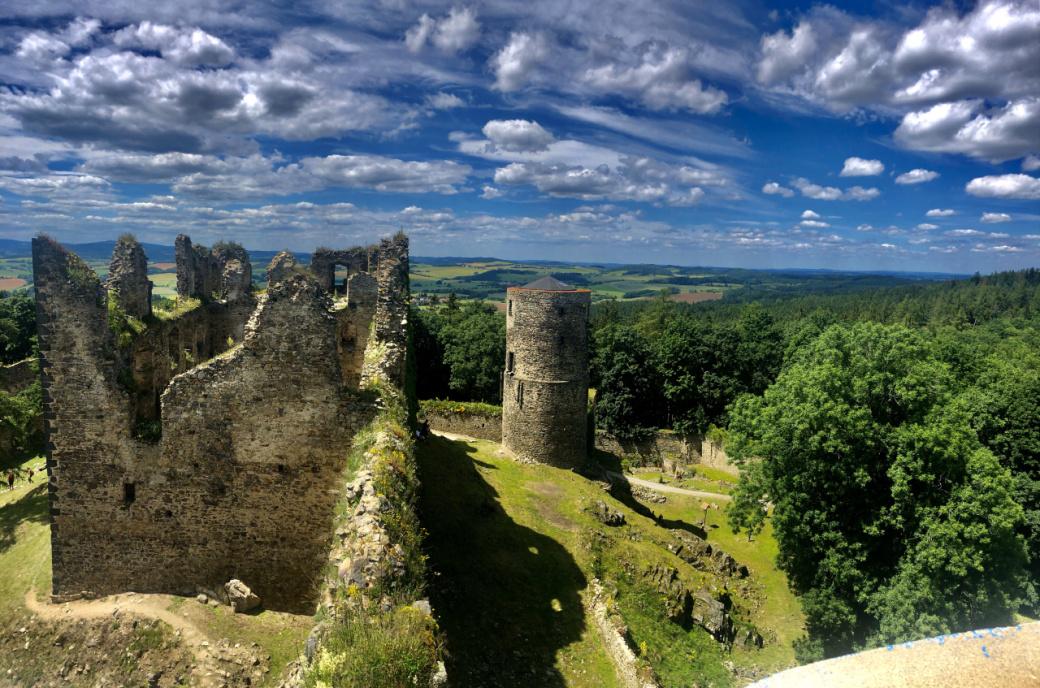 hrad_helfenburg