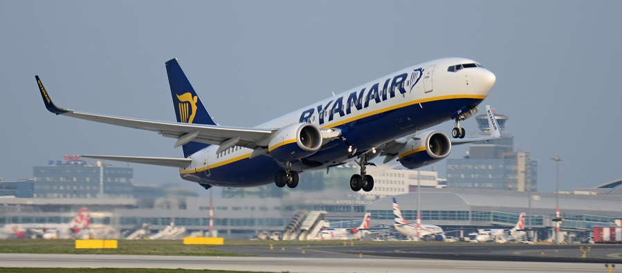 ryanair_prague_airport